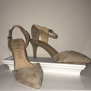Sole Society nude pumps. Size 8.5. Never worn.